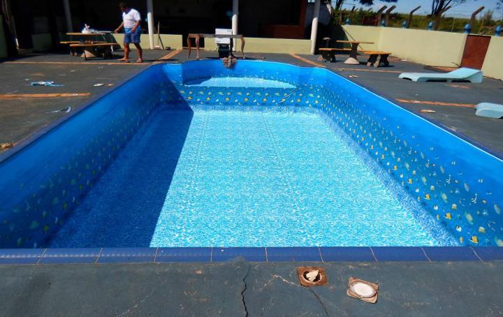 Piscinas e lazer foz do igua u piscinas vinil for Piscina de vinil e boa